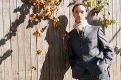 Hombre en la cerca, moda Imágenes de archivo libres de regalías