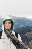 Hombre en las montañas Foto de archivo
