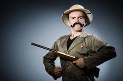 Hombre en sombrero del safari Foto de archivo