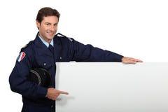 Hombre en traje francés de la policía Imágenes de archivo libres de regalías