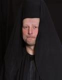 Hombre en un traje del monje Foto de archivo libre de regalías