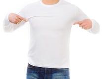Hombre en una camisa blanca con las mangas largas Imagen de archivo