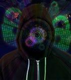 Hombre encapuchado aumentado del pirata informático de ordenador de la realidad Foto de archivo libre de regalías