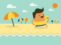 Hombre feliz joven que corre en la playa Foto de archivo libre de regalías