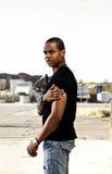 Hombre hermoso con estilo del afroamericano Foto de archivo