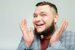 Hombre hermoso con la barba Fotos de archivo libres de regalías