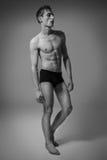 Hombre hermoso Pruebas modelo Foto de archivo libre de regalías