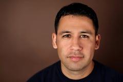 Hombre hispánico Fotos de archivo