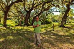 Hombre hispánico hermoso Imagen de archivo libre de regalías