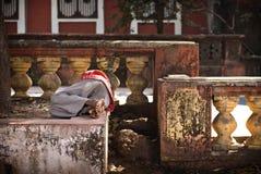 Hombre indio durmiente Fotografía de archivo
