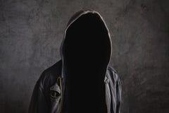 Hombre irreconocible anónimo sin identidad Foto de archivo libre de regalías