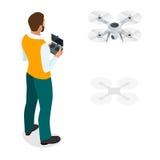Hombre isométrico con el quadrocopter del abejón, abejón aéreo remoto con una cámara que toma fotografía o la grabación de vídeo  stock de ilustración