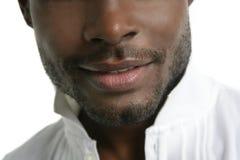Hombre joven africano de la manera negra de Handsomen foto de archivo libre de regalías