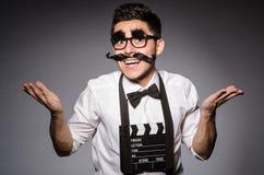 Hombre joven con el bigote falso fotografía de archivo