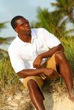 Hombre joven con estilo Fotos de archivo libres de regalías