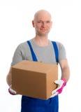 Hombre joven con la cabeza calva y la cartulina fotografía de archivo