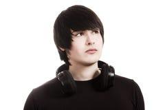 Hombre joven con los auriculares Fotografía de archivo libre de regalías