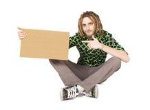 Hombre joven del dreadlock con la placa aislada Fotos de archivo libres de regalías