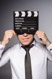 Hombre joven en gafas de sol frescas imagen de archivo libre de regalías