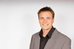 Hombre joven en juego ligero Foto de archivo