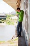 Hombre joven en la depresión Imágenes de archivo libres de regalías