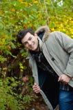 Hombre joven en parque Imágenes de archivo libres de regalías