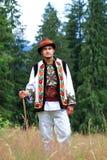 Hombre joven en traje del hutsul Fotos de archivo