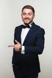 Hombre joven en traje formal Fotografía de archivo libre de regalías