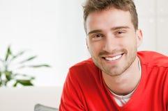 Hombre joven feliz Imágenes de archivo libres de regalías