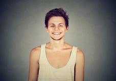 Hombre joven feliz del retrato del primer Imagen de archivo