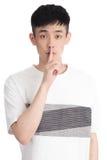 Hombre joven hermoso de Asia - aislado sobre un fondo blanco Foto de archivo libre de regalías