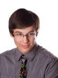 Hombre joven hermoso en un lazo divertido Imagen de archivo