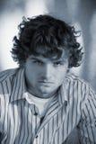 Hombre joven intenso Fotos de archivo