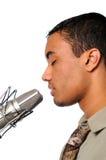 Hombre joven que canta Foto de archivo