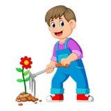 Hombre joven que toma el cuidado de plantas y que usa el rastrillo libre illustration