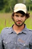 Hombre joven sin afeitar. Fotografía de archivo