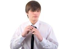 Hombre joven y corbata hermosos. Imágenes de archivo libres de regalías