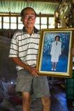 Hombre local de isla La isla es parte del parque nacional marino MU Ko Chang Foto de archivo