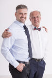 Hombre maduro con su padre Foto de archivo