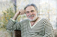 Hombre maduro feliz Imagenes de archivo