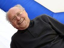 Hombre mayor sonriente imagen de archivo libre de regalías