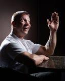 Hombre muscular feliz Fotografía de archivo