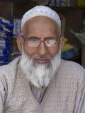 Hombre musulmán indio del retrato en Srinagar, Cachemira, la India Foto de archivo