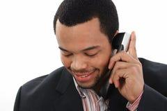 Hombre negro con el móvil Imagen de archivo libre de regalías