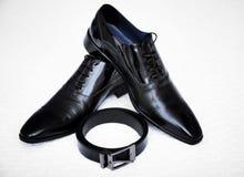 Hombre negro de los zapatos Imágenes de archivo libres de regalías