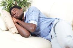 Hombre negro durmiente Fotografía de archivo