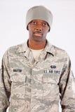 Hombre negro en uniforme militar Imagen de archivo