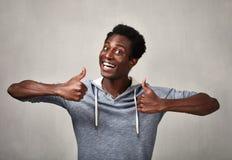 Hombre negro feliz Imagenes de archivo