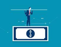 Hombre que equilibra en el billete de banco del dólar Finanzas v del negocio del concepto Fotos de archivo