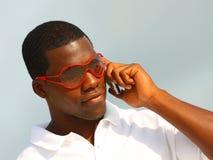 Hombre que habla en el teléfono Imágenes de archivo libres de regalías